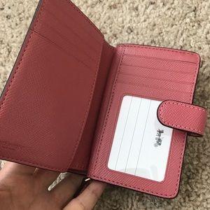 24fcd5abebd Coach Bags   Medium Corner Zip Wallet Peonylight Gold   Poshmark